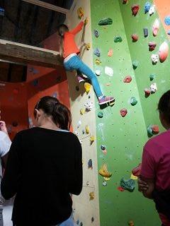 Klettern und Bouldern in der Kletterhalle Marburg